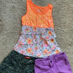 Bundle of 3  top and two short